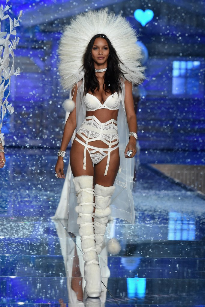 NEW YORK, NY - NOVEMBER 10: Model and new Victoria's Secret Angel Lais Ribeiro from Brazil walks the runway during the 2015 Victoria's Secret Fashion Show at Lexington Avenue Armory on November 10, 2015 in New York City. (Photo by Dimitrios Kambouris/Getty Images for Victoria's Secret)