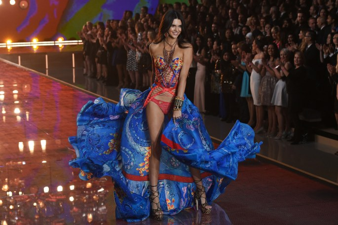 A model presents a creation during the 2015 Victoria's Secret Fashion Show in New York on November 10, 2015. AFP PHOTO/JEWEL SAMAD (Photo credit should read JEWEL SAMAD/AFP/Getty Images)