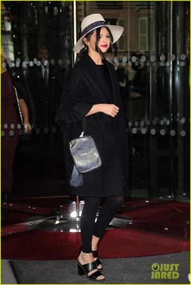 SELENA GOMEZ LEAVING THE ROYAL MONCEAU HOTEL IN PARIS.